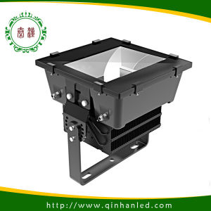 High Power IP65 500W LED Outdoor Flood Light for Sports (QH-TGC500W-S) 5 Years Warranty pictures & photos