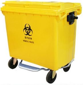 Yellow 660lt Plastic Waste Container with 4 Wheelers pictures & photos