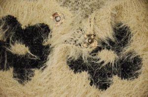 Women Flora Warm Fur Winter Coat Sweater pictures & photos