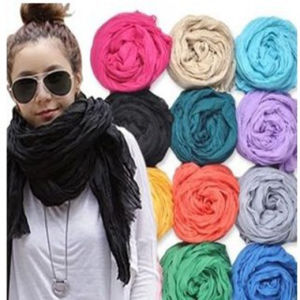 Winter Lady Popular Fashion Polyester Scarf Customized pictures & photos