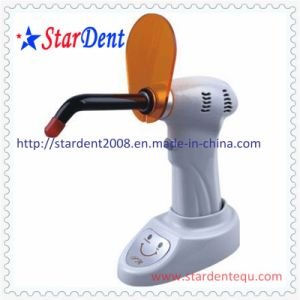 Dental Wireless LED Curing Light pictures & photos