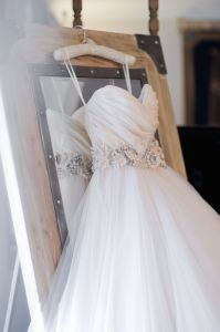Champagne Tulle Bridal Ball Gown Flowers Ribbon Wedding Dress W1471946 pictures & photos