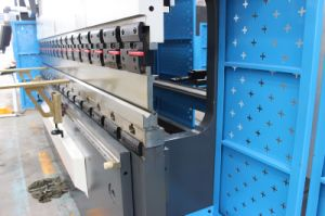 Da52s MB8 CNC Press Brake with Ce pictures & photos