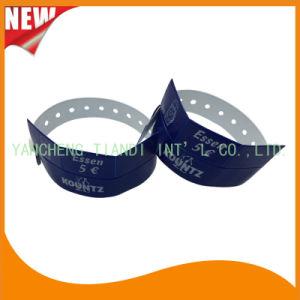 Entertainment 3 Tab Vinyl Plastic Wristbands ID Bracelet (E6070-3-3) pictures & photos