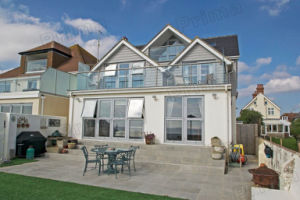 Balcony Aluminum Post Channel Glass Balustrade / Deck Glass Railing pictures & photos