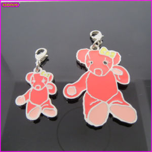 Peach Tool Bear Wholesale Metal Enamel Charm (17231) pictures & photos