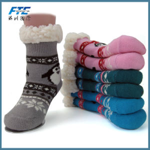 Keep Warm Unisex Cheap Anti-Skidding  Christamas Socks pictures & photos