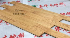 Natural Moistureproof Oak Solid Wood Flooring with ISO9001 Certification pictures & photos