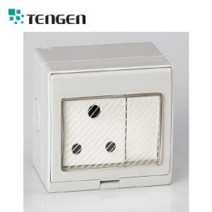 International Standard Outdoor Weatherproof Wall Socket with Switch as Water Proof Socket pictures & photos
