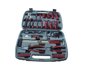 Wholesale China Factory Price Hand Tool Set with Screwdrivers pictures & photos