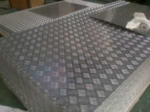 tread aluminium sheet 1060 pictures & photos