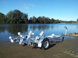 Hot Galvanizing Boat Trailer Braked Cbt-J52r