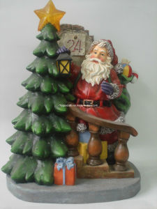Polyresin Santa Claus and Xmas Tree Figurine for Decoration pictures & photos