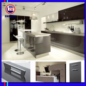 UV High Glossy Kitchen Cabinet (ZH0008) pictures & photos