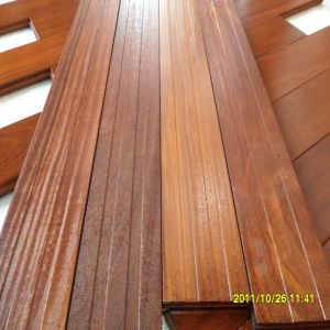 Wide Plank Smooth Cumaru (Brazilian teak) Hardwood Flooring pictures & photos