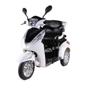 500W/700W Motor Disabled Three Wheel Electric Mobility Scooter (TC-022) pictures & photos