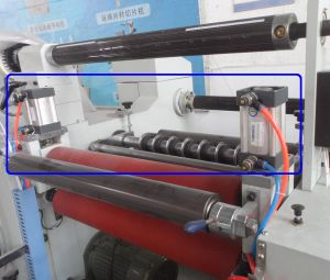 Chemical Yarn Fabric Slitting Machine with Unwinding System pictures & photos