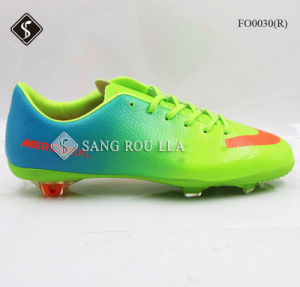 Fashion Men Sports Shoes Outdoor Soccer Shoes pictures & photos