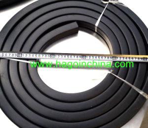 Custom Fire Retardant V-0 Grade Silicone Rubber Gasket pictures & photos