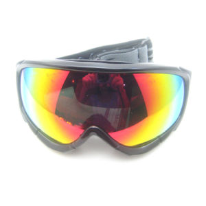 New Fashion Sports Goggles for Skiing pictures & photos