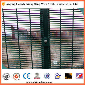 358 Fence Security Fencing 358 Security Fence Welded Mesh Fencing pictures & photos