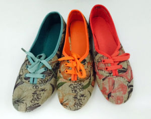 Latest Lady Flat Shoes Injection Canvas Shoes Dance Shoes (PY0602) pictures & photos