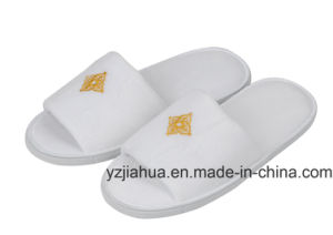 100% Cotton Velvet Star Hotel Washable Slipper pictures & photos