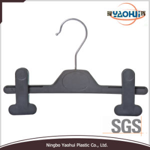 Plastic Pants Hanger with Metal Hook for Display (4511-22) pictures & photos
