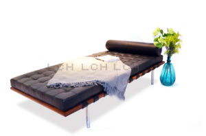 Luxury Barcelona Bed with Leather pictures & photos