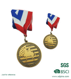 Gold Plated 3D Football Medals /Metal Zinc Alloy Medallion pictures & photos