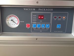 Double-Chamber Food Vacuum Packaging Machine (DZQ400-2SB) pictures & photos