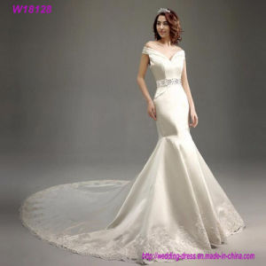 Customized Europe Style Beaded Llong Sleeve Wedding Dress W18579 pictures & photos