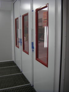 Used Paint Booth for Sale/ Mobile Spray Paint Booth with Ce pictures & photos