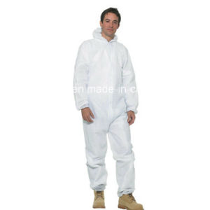 High Quality Medical Disposable Polypropylene Coveralls pictures & photos
