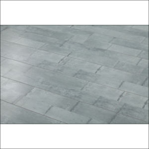 Antique Gray Color Strips Style Home Floor Laminate Flooring pictures & photos