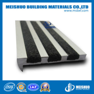 Carborundum Insert Aluminum Stair Nosing pictures & photos