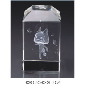 Facet 3D Inner Laser Engraving Cube for Table Decoration pictures & photos