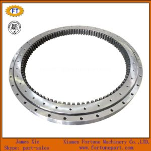 Slewing Bearing for Komatsu Excavator PC200 Spare Parts pictures & photos