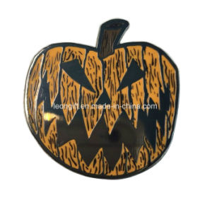 Wholesale Promotional Halloween Glow in The Dark Lapel Pin pictures & photos