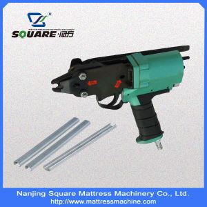 C-Ring Mattress Tools -Assembling Gun (MC660-C) pictures & photos