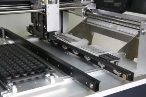 Pick and Place Machinery with Vision System for SMT pictures & photos