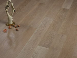 Oak Brushed Engineered Flooring (Wire-Brushed)