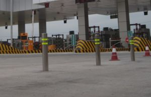 Automatic Hydraulic Bollard (DBO-220H4-600) Made of Stainless Steel