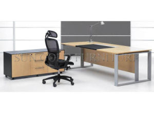 Modern Simple Executive Desk with Steel Foot (SZ-OD017) pictures & photos