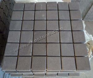 Natural Grey / Red / Yellow Granite Cobble Paving Stone for Pavers pictures & photos