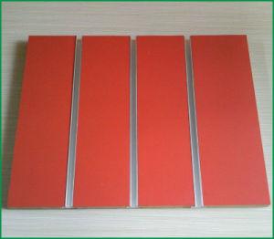 Slot /Plain /PVC/HPL/UV/Melamine Laminated MDF pictures & photos