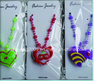 Mother's Day Gift Heart Flashing Necklace (WY-FN011)