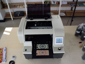 Kmbyc A4 Size 6 Colors UV Digital Flatbed Printer pictures & photos
