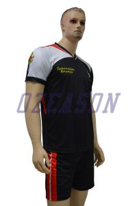 Professional Manufacturer Wholesale Sublimation Soccer Jerseys (S002) pictures & photos