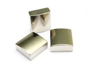 China N38 Nickel Neodymium Block Magnet pictures & photos